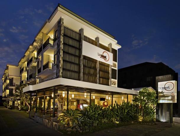Hardys Rofa Hotel & Spa - Legian